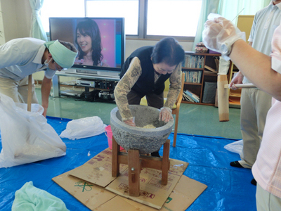 療養棟二階 12月イベント3.JPG