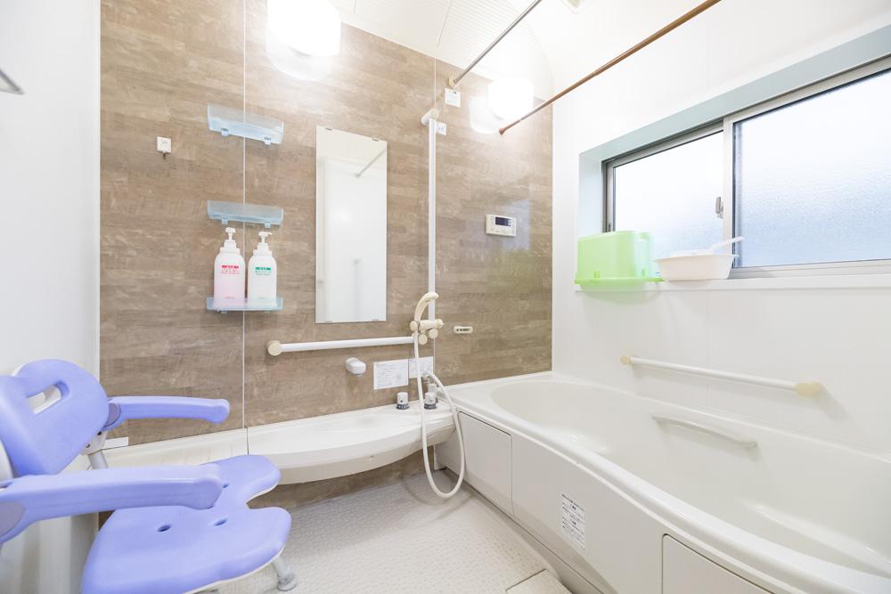 グループホームしらさぎ 浴室